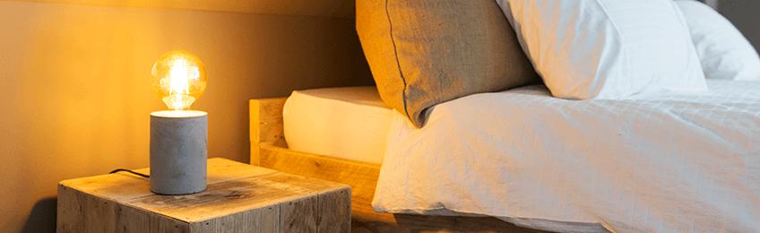 Dormitorio de lámparas de mesa