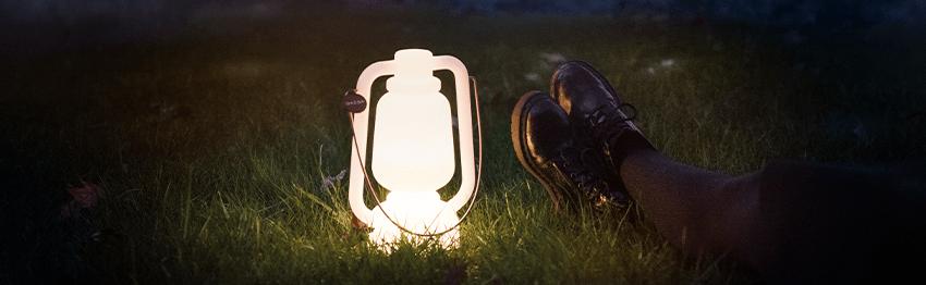 Lámparas blancas de exterior