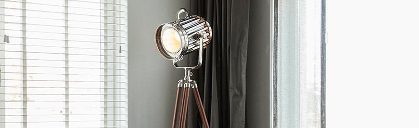 Lámparas de pie madera
