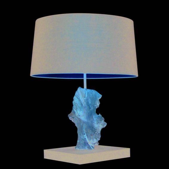 Lámpara-de-mesa-SUCHIN-natural-negra