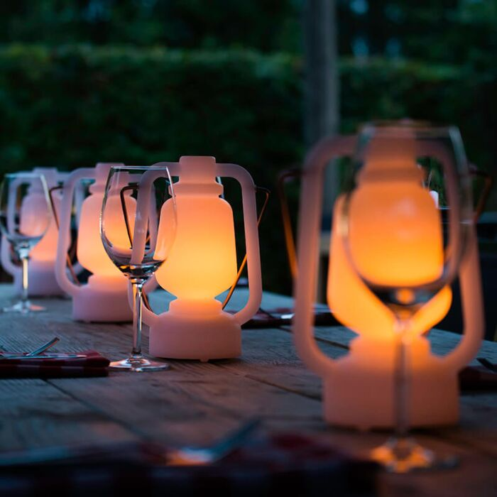 Lámpara-de-mesa-efecto-llama-blanca-22cm-IP44---STORM-MINI-
