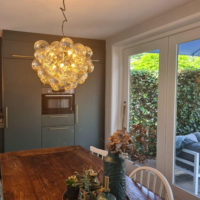 Lámpara-colgante-Art-Deco-negra-vidrio-8-luces---UVAS