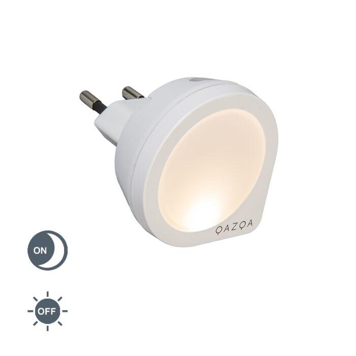 Lámpara-con-enchufe-PLUG-IN-con-sensor-crepuscular-pequeño
