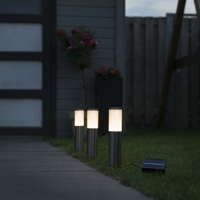 3-focos-de-estaca-LED-solares-IP44---ROX