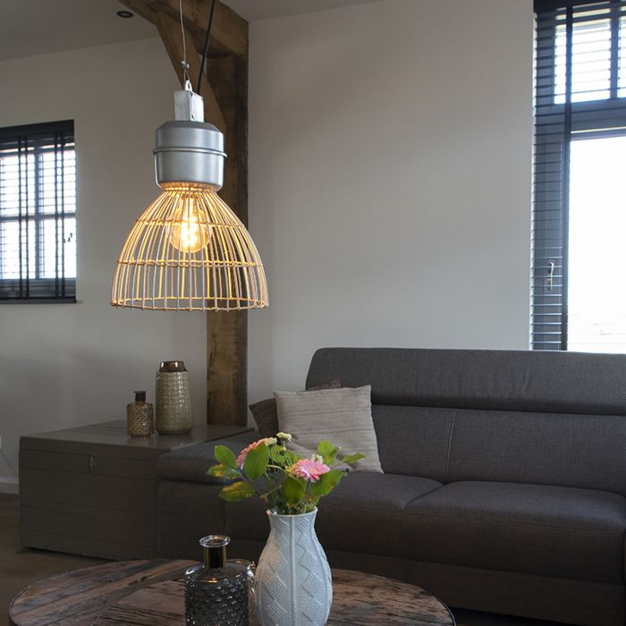 Lámpara-colgante-rústica-redonda-35cm-mimbre-detalles-acero---ANTEROS-RATTAN
