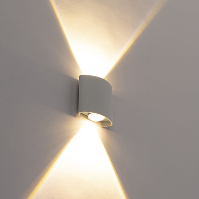 Aplique-de-exterior-de-diseño-plateado-con-LED-de-2-luces---Silly